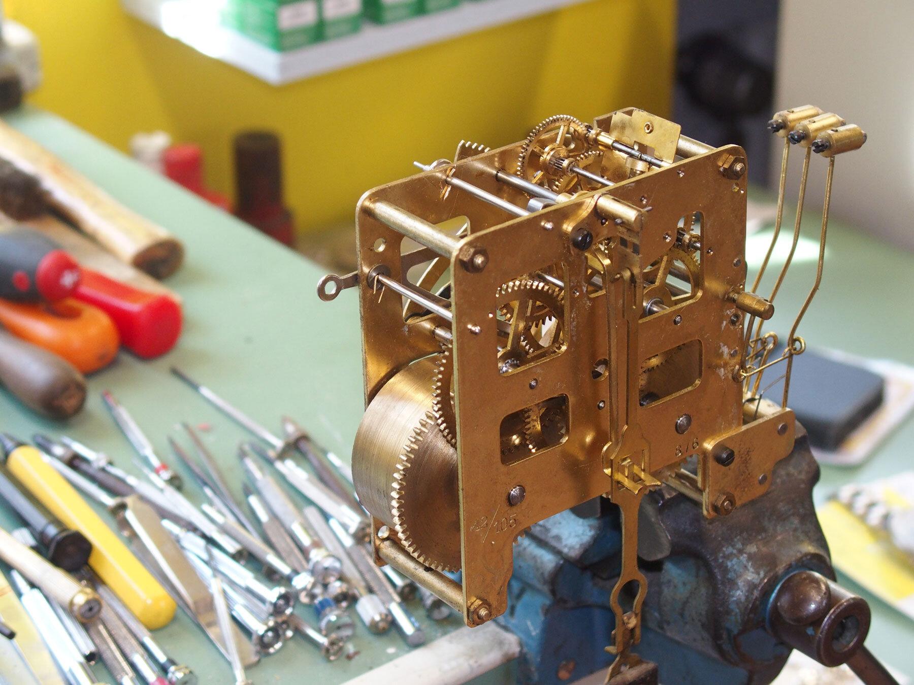 Ein Blick in die Werkstatt bei Uhren Schmuck Schreml