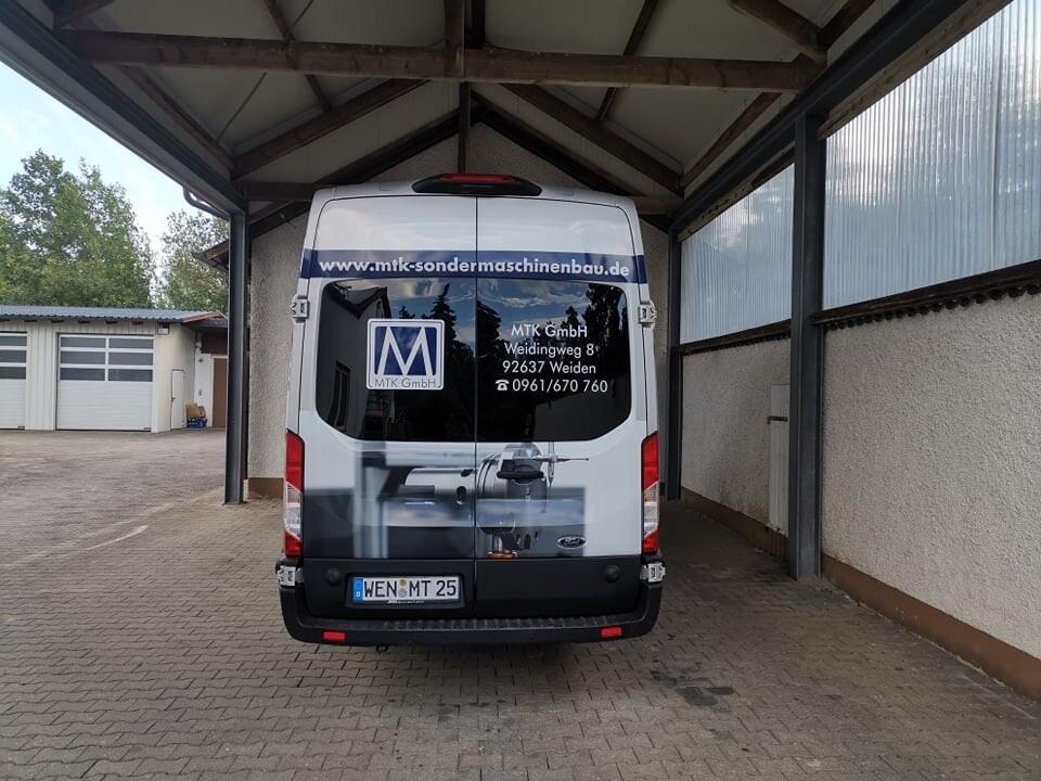 Fahrzeugbeklebung Bus